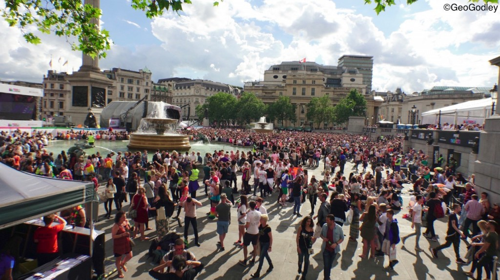 DSC07818 GAY PRIDE LONDON 2016 trafalgar sq wide ©geogodley