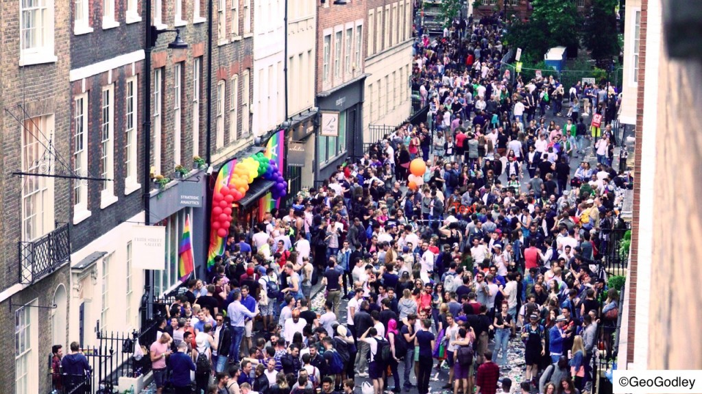 DSC07852 GAY PRIDE LONDON 2016 FRITH STREET ©geogodley